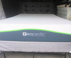 Like new full sz memory foam mattress set for Sale in Nashville, TN