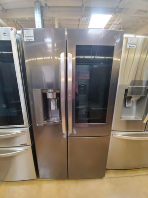 LG InstaView Showcase Refrigerator Counter Depth for Sale in Covina, CA