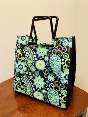 Vera Bradley Insulated Lunch Bag/Tote for Sale in Alexandria, VA