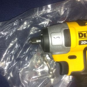 DeWalt 20 Volt 3/8 Impact Wrench Brand New for Sale in Hammonton, NJ
