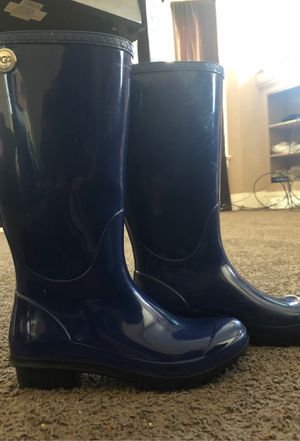 UGG Navy Blue Boots for Sale in Cleveland, OH