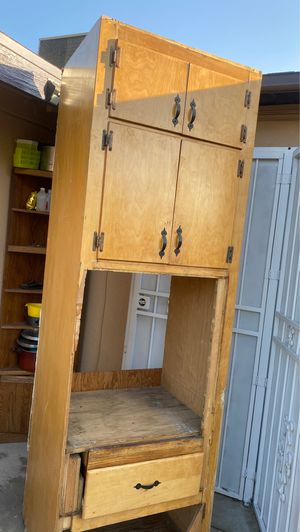 Kitchen cabinets for Sale in Fresno, CA