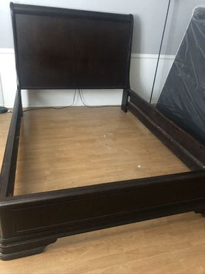 Queen Bed Frame for Sale in Grand Prairie, TX