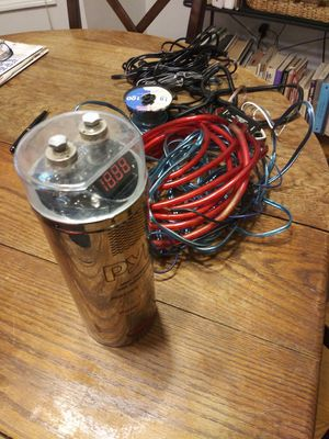 Pyle. Plcape24 power capacitor 2.4 farad and wires for Sale in New Britain, CT