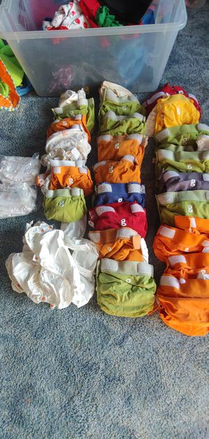 G diapers lot for Sale in Cleveland, OH