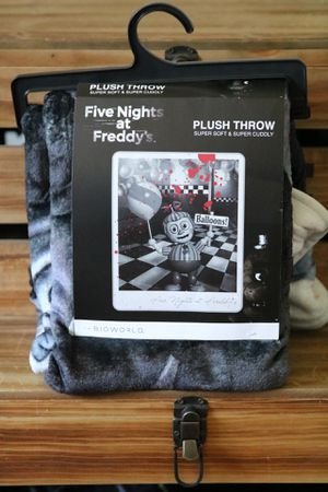 Five nights at Freddy's plush throw blanket for Sale in Ontario, CA