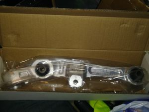 Lower control arm Nissan Infiniti 350Z G35 for Sale in Brooklyn, NY