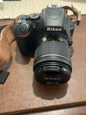 Nikon D3500 DSLR Bundle for Sale in Brooklyn, NY