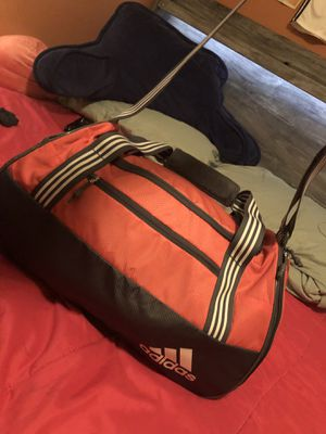 Large Adidas Duffle bag for Sale in Las Vegas, NV