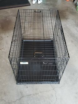 "42"" Double Door Dog Crate for Sale in Lacey,  WA"