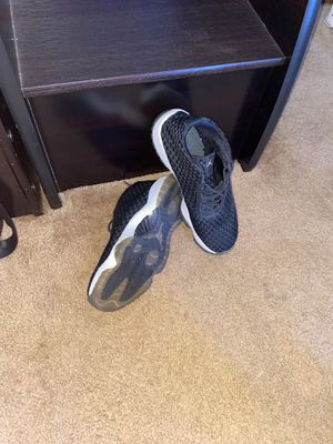 Jordan Future Black and Gold for Sale in Toms River, NJ