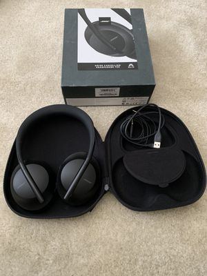 Bose noise cancelling headphones NC 700 for Sale in Edgewood, WA