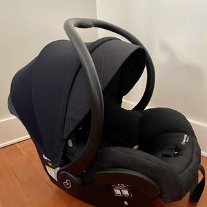 Maxi-Cosi Infant Car Seat for Sale in Portland, OR