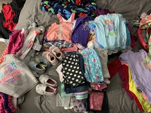 12-18 month girl clothes for Sale in Phoenix, AZ