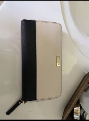 Kate Spade wallet for Sale in Murfreesboro, TN