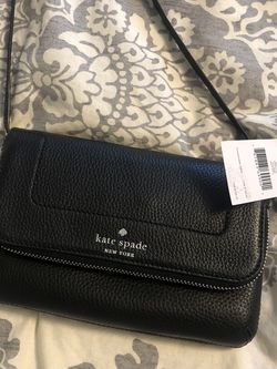 Kate spade Crossover Bag for Sale in Beaverton,  OR