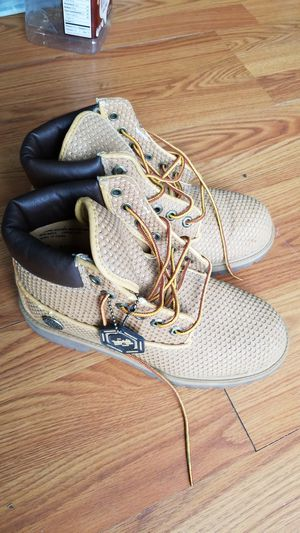 Timberlands size 6 boys shoes for Sale in Oxon Hill, MD
