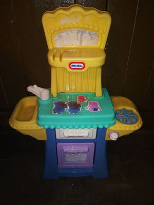 Little Tikes small kitchen for Sale in Fontana, CA