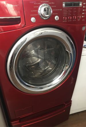 LG WASHER AND GAS DRYER FRONT LOAD WITH PEDESTAL for Sale in Los Angeles, CA