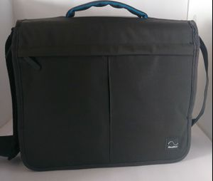 TRAVEL BAG. FOR AIR SENSE 1P AIR CURVE 10 &AIR START 10 SERIES CPAP/BILEVEL MACHINE for Sale in Hesperia, CA