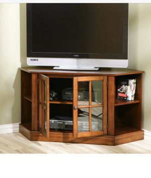 """Walnut Tv Stand [46""""x22""""x24""""] for Sale in Duluth, GA"""