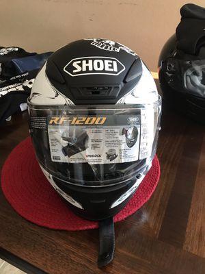Motorcycle helmet shoei rf 1200 brand new never warn SIZE MEDIUM for Sale in Stockton, CA