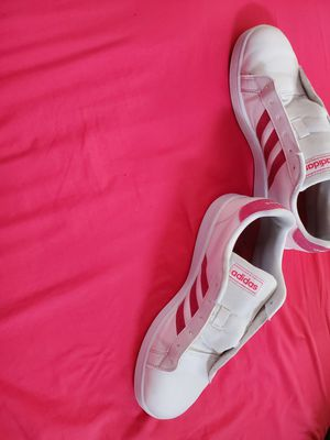 White and Pink Glitter Adidas 6Y/8W for Sale in Las Vegas, NV