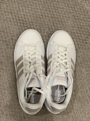 Adidas white women shoes for Sale in Fremont, CA