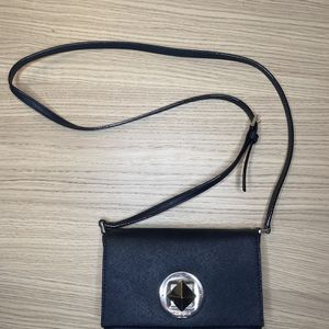 Black Kate Spade crossbody Purse small for Sale in Los Angeles, CA