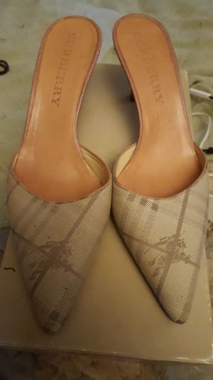Burberry Mules 35.5 for Sale in West Palm Beach, FL