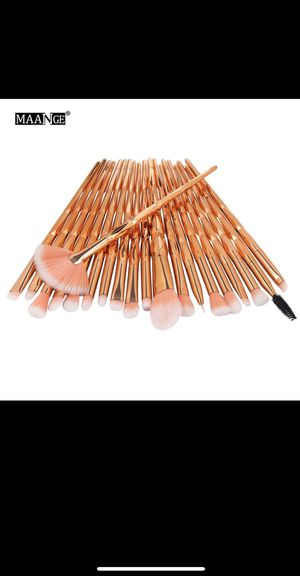 Makeup brushes for Sale in Wichita, KS