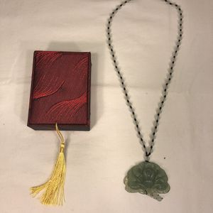 JADE PEONY FLOWER NECKLACE for Sale in Gaithersburg, MD