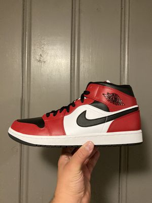 """Jordan 1 retro mid """"Chicago toe"""" size (11.5) in men's. $100. Worn 1x in excellent condition. Comes with OG all and receipt. Local pick ups in Provide for Sale in Providence, RI"""
