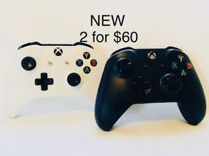🎁🎁 XBOX ONE CONTROLLERS 2 for $60🎁🎁 for Sale in Los Angeles, CA