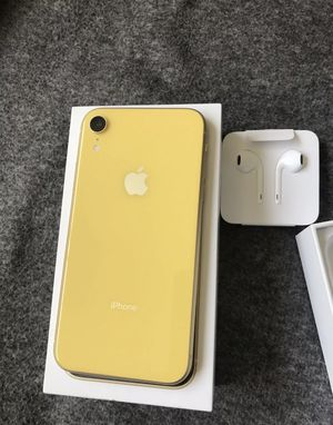 Like new iPhone XR, 64gb with box & charger $450 As Is (paid off , no iCloud) read description for Sale in Seattle, WA