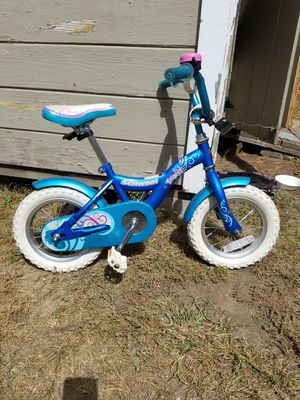 Schwinn baby bike.. for Sale in Chelmsford, MA