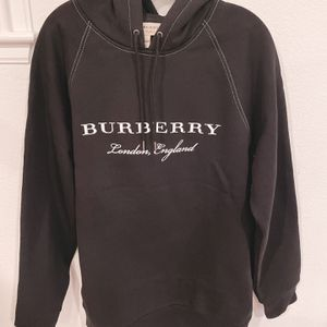 New- Burberry Men's Hoodie (size M) for Sale in San Ramon, CA