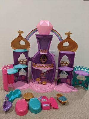 Shimmer and Shine Magical Light-Up Genie Palace for Sale in Willowbrook, IL