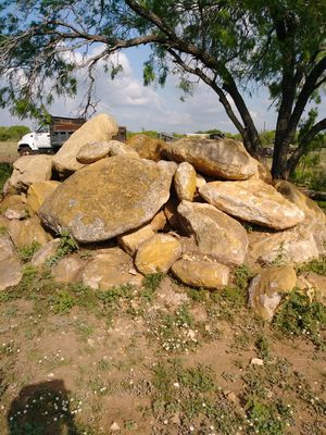 Landscaping rock for Sale in Atascosa, TX