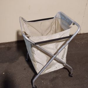 Foldable Laundry Hamper With Wheels for Sale in Fountain Valley, CA