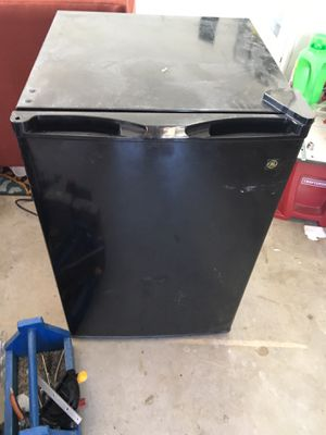 Mini fridge for Sale in Oceanside, CA