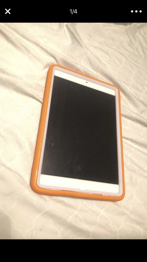 16gb 2nd gen iPad for Sale in Raleigh, NC