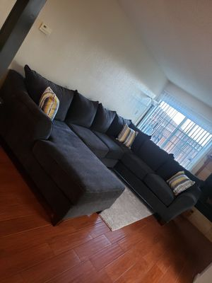 Brand new Modern sectional Couch!!! for Sale in Bakersfield, CA