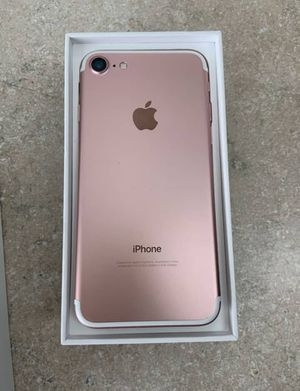 iPhone 7 in rose gold for Sale in Arnold, MO