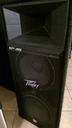 Pair of Peavey SP 4G speakers - SP-4G - SP4G Dual 15 inch woofers - PA DJ Speakers for Sale in San Diego, CA