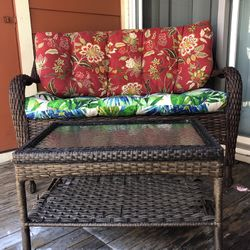 Woven Outdoor Sofa & Woven Table for Sale in Indianapolis,  IN