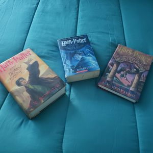 Harry Potter 3 books for Sale in Cuyahoga Falls, OH