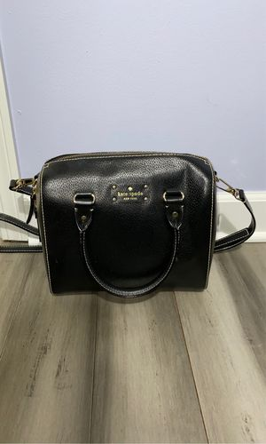 Kate spade purse for Sale in Lake in the Hills, IL