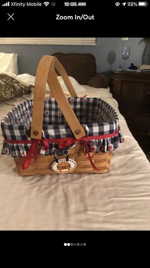 Longaberger basket for Sale in Venice, FL
