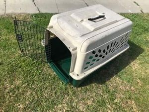 pet cage medium size FIRM PRICE NO DELIVERY CASH OR TRADE FOR BABY FORMULA for Sale in Los Angeles, CA